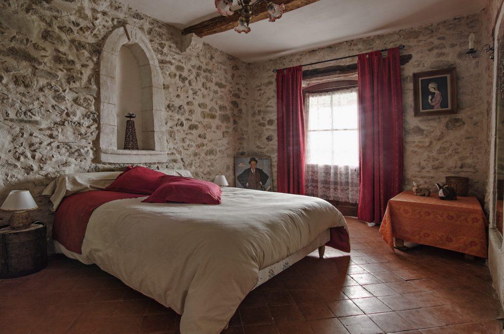Fontaine Neuve gites et chambres d'hôtes à Lure : la chmabre rouge pour 2 personnes