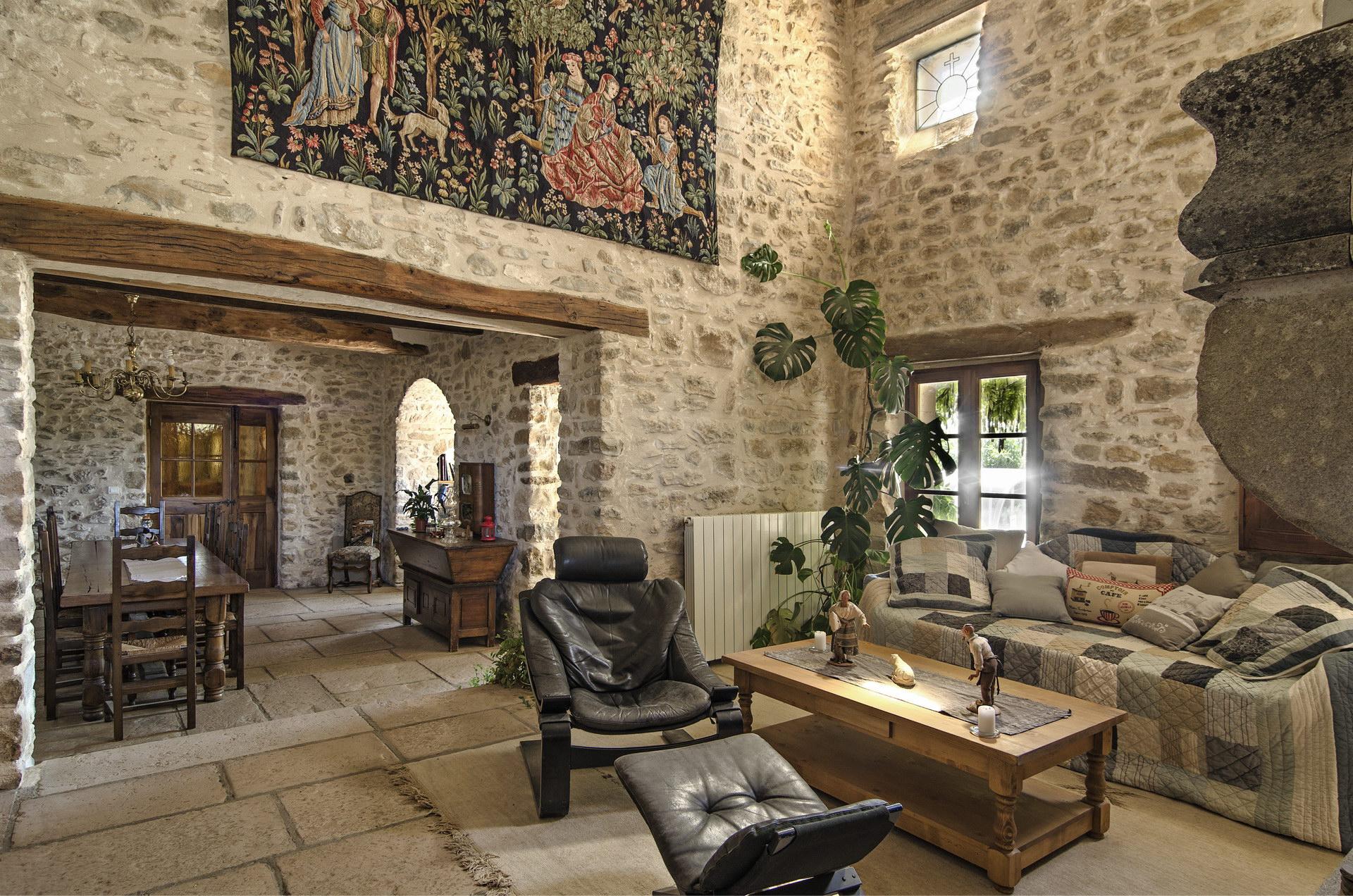 Fontaine Neuve gites et chambres d'hôtes à Lure : espace salon